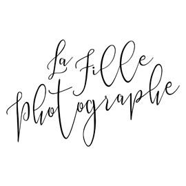 LA FILLE PHOTOGRAPHE