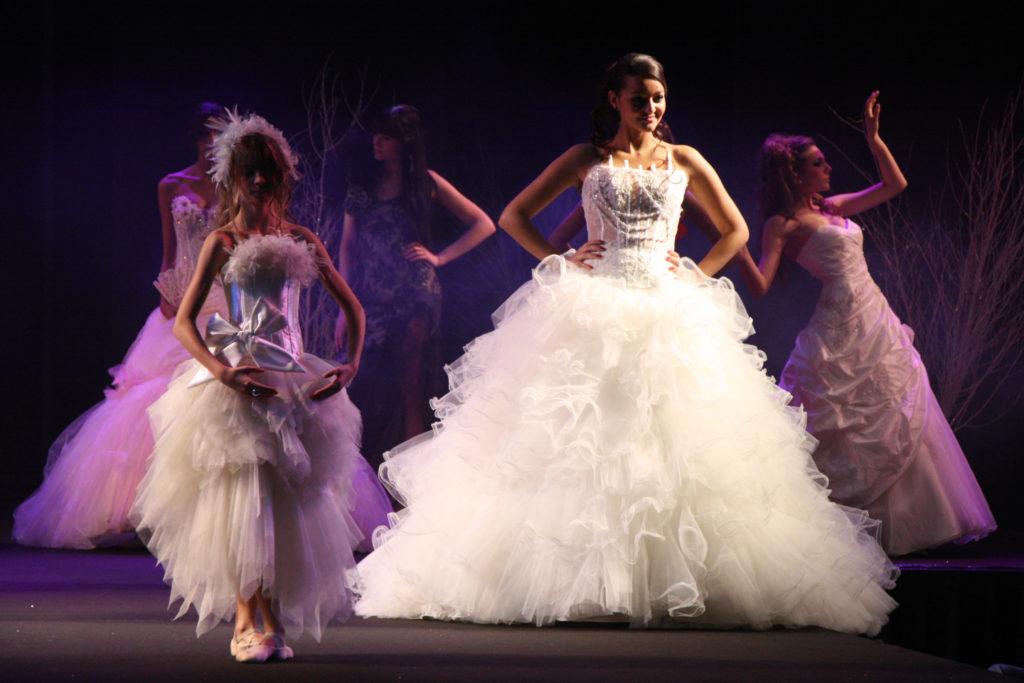 Oui! Salon Mariage Toulouse - Défilé Historique