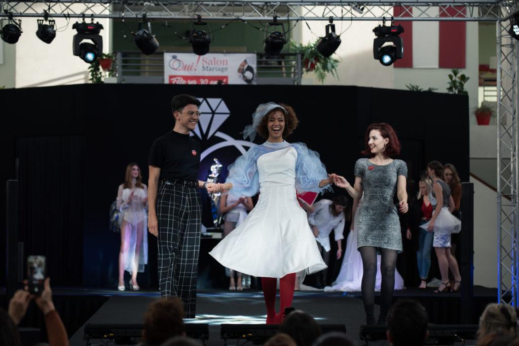 Défilé futuriste Esimode, jeunes créateurs de mode, 30ème anniversaire du Salon du Mariage de Toulouse